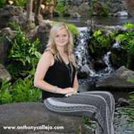 90-Minute Senior Portrait Plus Package