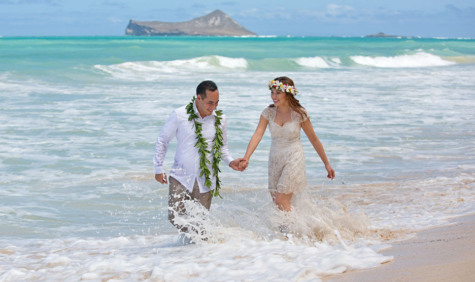 Honolulu Engagement Photography - Waimanalo Beach