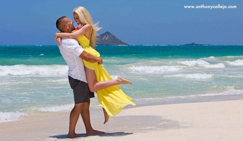Engagemet proposal Waimanalo Beach Oahu