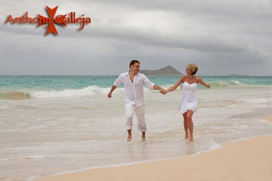 Oahu Honeymoon Photographers