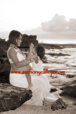 Mother and Daughter Ko'Olina Maternity Photography