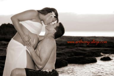 Hawaii Maternity Photographer on location Sunset photo sessions