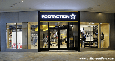 Event Photography FootAction at the Waikiki International Market Place