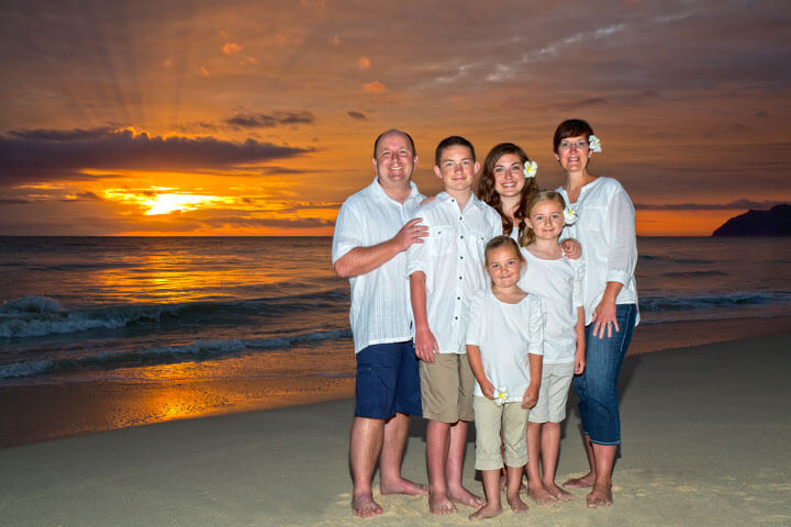 oahu sunrise family portrait portrait photography waimanalo beach oahu hawaii portraits honolulu big - oahu beach weddings