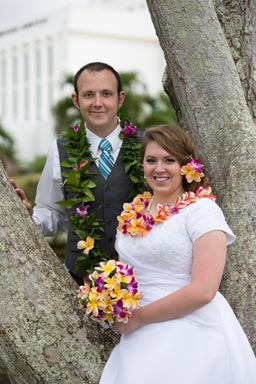 Oahu Temple Wedding Portrait Photographer