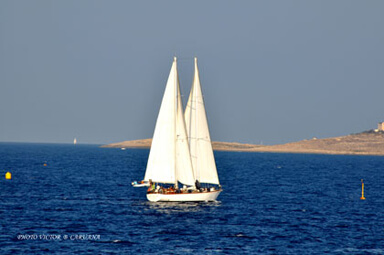 Sailing between Malta & Gozo